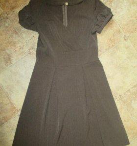 Платье - 42 размер