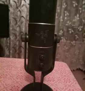 Микрофон Razer Seirēn