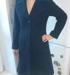 Чёрное пальто р.46