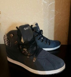 Теплые ботинки Zenden р 39-40
