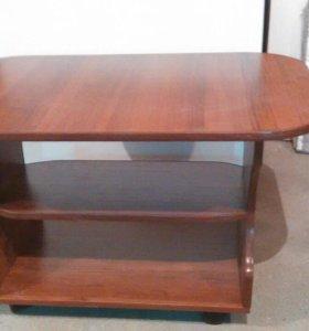 Письминый столик новый