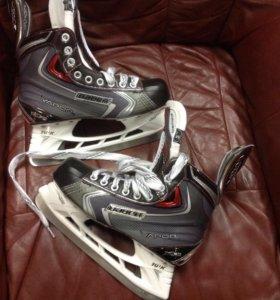 Коньки хоккейные юниорские Bauer vapor X90