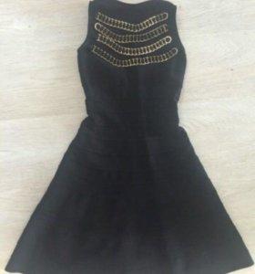 Платье Herve lager