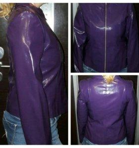 Куртка новая 46р.