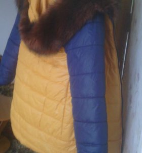 Куртка женская 48 размер.