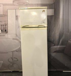 Холодильник б/у Саратов-259