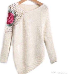 Продаю свитер в отличном состоянии