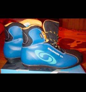 Ботинки лыжные,36