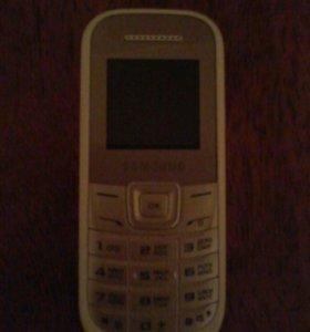 Сотовый кнопочный телефон