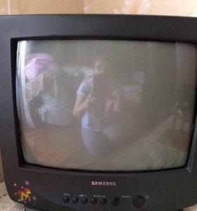 Телевизор цветной диагональ 36 см