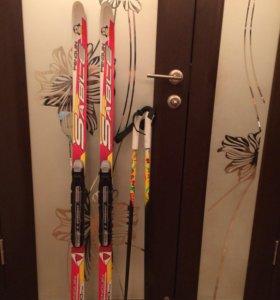 Лыжи. Палки. Ботинки.