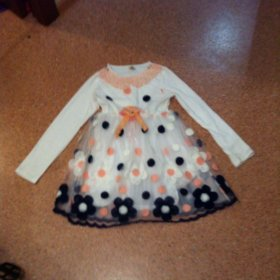 Платье для девочки на 6-7 г новое