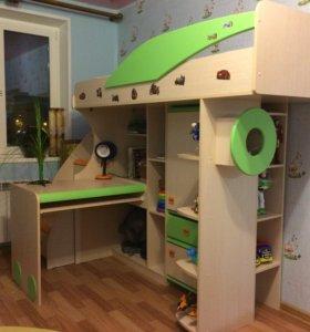 Детская кровать-чердак + рабочее место