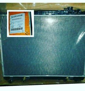 Радиатор системы охлаждения на terrano r50