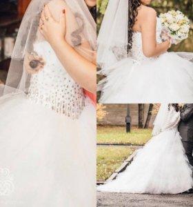 Свадебное платье, рост 155-165 со шлейфом.