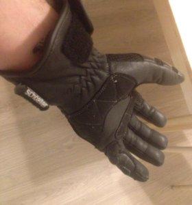Перчатки для квадрика и снегохода