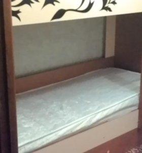 Двухъярусные кровать б/у 2 месяца.тел.89220564605