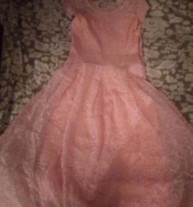 Платье,одевала 1 раз на выпускной