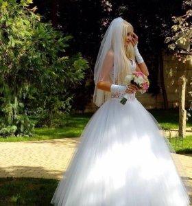 Свадебное платье + фата в подарок!