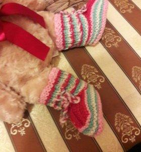 Вязаные детские башмачки-носочки