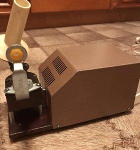 Электрическая моталка для пряжи