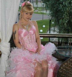 Платье на выпускной (на прокат)