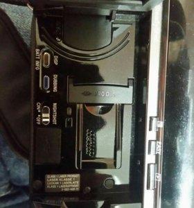 Видеокамера HDR-UX20E