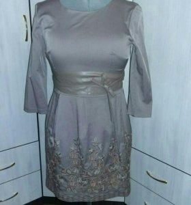 Платье на торжество)))