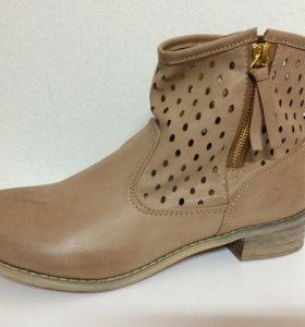 Новые ботинки Top secret бежевые