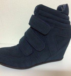 Новые ботинки Patrol