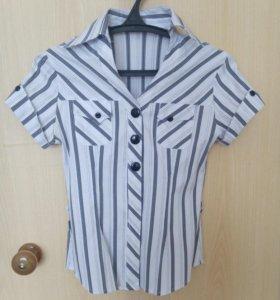 Рубашка черно- белая