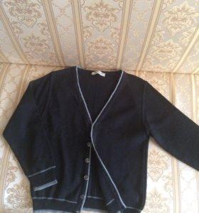 Пуловер на 8-9 лет