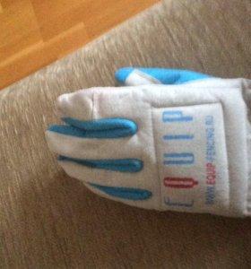 Перчатка для фехтования (левая)