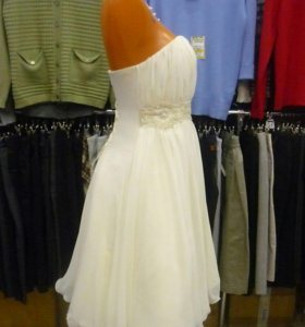 Платье свадебное (на выпускной)