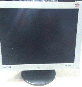 Монитор Samsung 152v(15жк)