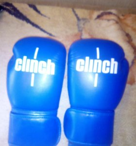 Боксерские перчатки(новые)