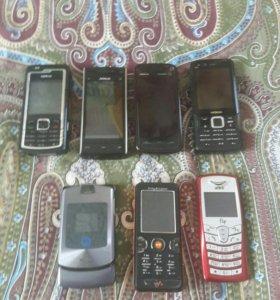 Ретро телефоны.