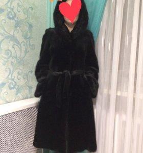 Норковая шуба размер 44-46, цвет чёрный