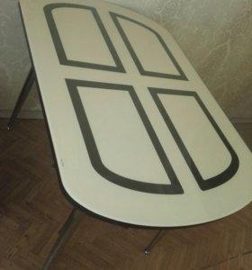 Продам стол в отличном состоянии,