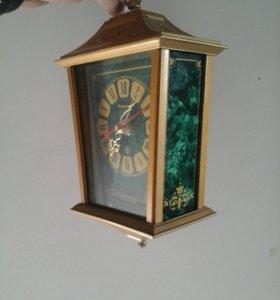 """Часы настенные """"Уличный фонарь"""" ."""