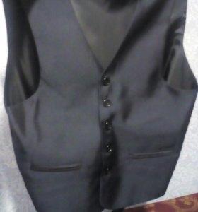 Пиджак и жилетка на подростка