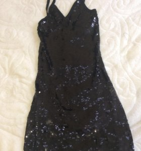 Вечернее,коктейльное  платье