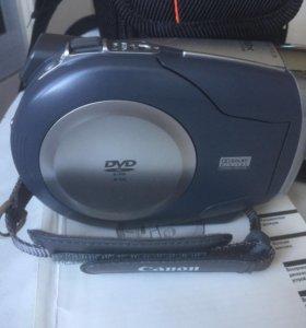 Видеокамера Canon DC201