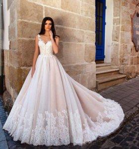 Пошив свадебных платьев .