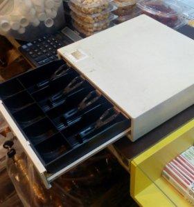 Денежный ящик без замка