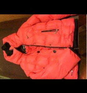 Продам зимнюю куртку Nike
