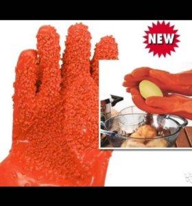 Перчатки Tater Mitts для чистки овощей
