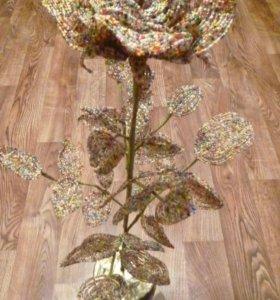 Розы из бисера ,напольная