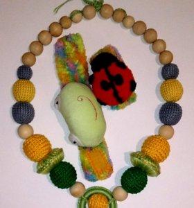Слингобусы и браслеты-погремушки