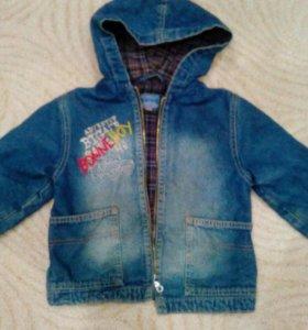 Джинсовая куртка на девочку 4-5 лет